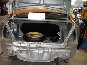 改造車は車検に通らないが、純正に戻せば車検は通ります!